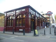 Kilburn Park station (C) Marathon :: Geograph Britain and Ireland London Underground Train, London Underground Stations, London Life, London Street, Old London, West London, U Bahn, London Transport, London