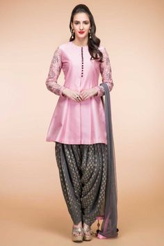 Looking for latest designs punjabi patiala suit collection? Buy patiala salwar kameez from the leading online women clothing store. Andaaz Fashion offers you latest Indian/Pakistani designer punjabi patiala salwar suit in Southall, UK. Dhoti Salwar Suits, Salwar Kurta, Lehenga Choli, Anarkali, Sharara, Punjabi Suits, Patiala Pants, Pakistani Dresses, Indian Dresses