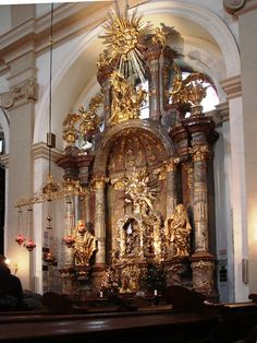 The elaborate shrine which houses the wax-wooden statue. Church of Our Lady Victorious, Mala Strana, Prague, Czech Republic.