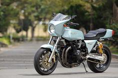 Resultado de imagen de Kawasaki by Sanctuary Tokyo West Japanese Motorcycle, Retro Motorcycle, Cafe Racer Motorcycle, Kawasaki Motorcycles, Cool Motorcycles, Vintage Motorcycles, Kawasaki Cafe Racer, Kawasaki Bikes, Kawasaki Classic