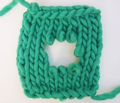 How to fix holes on your knitted garment