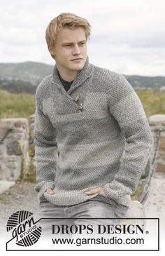 Limestone - Men's knitted jumper with shawl collar, stripes and moss stitch in DROPS Karisma or DROPS Merino Extra Fine. - Free pattern by DROPS Design Mens Shawl Collar Sweater, Mens Knit Sweater, Drops Design, Sweater Knitting Patterns, Free Knitting, Knitting Ideas, Handgestrickte Pullover, Crochet Men, Magazine Drops