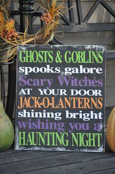 Spooks Galore Halloween Sign