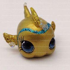 Littlest Pet Shop Fish Toy Custom OOAK LPS Goldie by RetroDollsUS