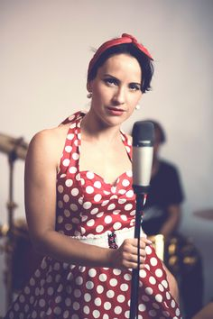 Helena Soklová lead&backing vocal