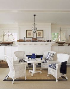Cottage dining. Blue & white