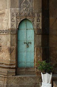 Beautiful Carved Architecture and Baby Blue Door Cool Doors, The Doors, Unique Doors, Windows And Doors, Arched Doors, Knobs And Knockers, Door Knobs, Turquoise Door, Aqua Door