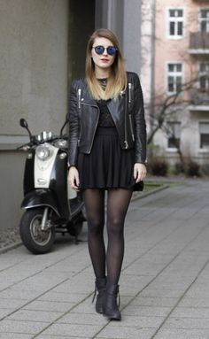 Stunning ALL BLACK Outfits For Women0181