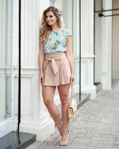 Image may contain: 1 person, standing, shoes and outdoor Casual Dresses For Teens, Casual Outfits, Cute Outfits, Short Skirts, Short Dresses, Mini Skirts, Skirt Fashion, Fashion Outfits, Outfit Goals