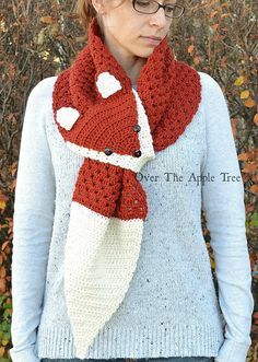 Scarf Crochet Fox Scarf, Crochet Scarf, Keyhole Scarf by Over The Apple Tree: Crochet Mignon, Crochet Fox, Crochet Gifts, Cute Crochet, Crochet Winter, Crochet Scarves, Crochet Shawl, Crochet Clothes, Crochet Granny