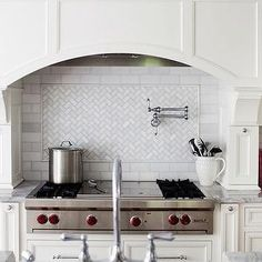 Cabinetry surround, marble | Morgan Harrison Home
