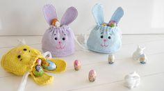 Was ist praktisch und wunderschön und kann noch lecker befüllt werden? .... genau – eine Geschenktasche in Form eines Osterhasen von Dir selbst gestrickt!!!  Diese ungemein praktische Tasche kann so vielseitig befüllt werden: -mit süßen Leckereien – Schokolade, Hasen, Eier, Bonbons...  -mit kleinem Spielzeug – Autos, Püppchen, kleine Pixi Bücher...  -mit Schminkuntensilien – Lidschatten, Lippenstift, Rouge, Puder...  -mit gefärbten Ostereier...  -mit T-Shirts, Tücher, Schals...  -mit…