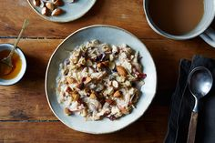 How to Make Cranberry and Almond Muesli