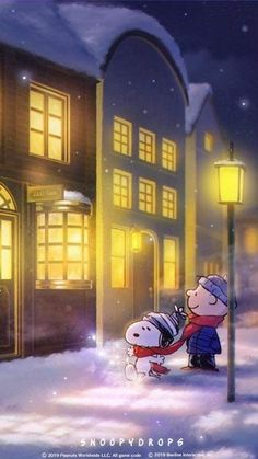 While Charlie Brown window shops, Snoopy plays with snow! Gifs Snoopy, Snoopy Images, Snoopy Pictures, Snoopy Quotes, Charlie Brown Y Snoopy, Snoopy Love, Charlie Brown Christmas, Snoopy And Woodstock, Snoopy Wallpaper