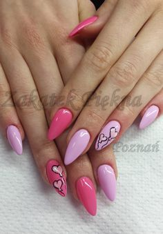by Daria Boguta, Follow us on Pinterest. Find more inspiration at www.indigo-nails.com #nailart #nails #pastel
