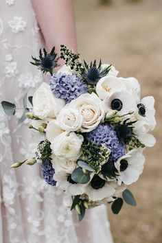 Featured - Jenna & Cullen's Real Wedding - Foxtail Floral Designs // Real Wedding Inspiration // Bouqet Inspiration // Navy Wedding // Navy and White Wedding // Outdoor Wedding // Intimate Wedding Ideas // Wedding Florals // #weddingblog #weddingideas #weddingbouquet #albertaweddingsocial Navy Wedding Flowers, Wedding Flower Arrangements, Wedding Navy, Floral Wedding, Wedding Colors, Wedding Bouquets, White Floral Centerpieces, Wedding Centerpieces, Anemone Bouquet