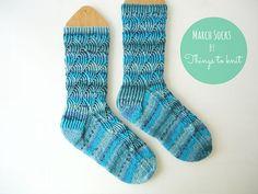 Pomatomus knitted socks #knit #socks Knitted Slippers, Knit Socks, Knitting Socks, Hand Knitting, Crocheting Patterns, Knitting Patterns, Ravelry, Leg Warmers, Lana