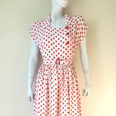 Vintage and White Polkadot Rayon Day Red And White Outfits, Hip Openers, Flutter Sleeve, Day Dresses, Polka Dots, Rockabilly, Pinup, 1940s, Etsy