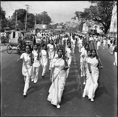 Women marching in the streets of Dhaka, Bangladesh during the liberation from Pakistan in 1971 via reddit