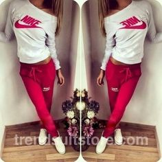 pants sweatpants tight red red sweatpants nike red nike nike pants nike tight white pretty sportswear fit yoga woman yoga top style t-shirt nike sweater nike trainers nike pro leggings Nike Outfits, Sporty Outfits, Fashion Outfits, Sport Fashion, Fitness Fashion, Nike Tracksuit, Sport Wear, Black Nikes, My Style