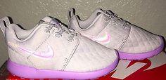 Little Girls Nike Roshe One SE Shoes Toddler size 10 C Light Purple NIB
