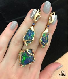 @moussonatelier.ru Opal brings happiness drives away gloomy thoughts and fears protects the owner from illness.