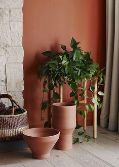 Donnez à votre intérieur une atmosphère chaleureuse, en adoptant la teinte naturelle terracotta, une couleur élégante qui est très actuelle.