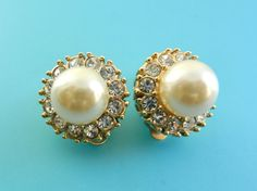 RESERVED for Julia-Vtg italian signed HC very chic Pearls & Swarovski Earrings -Hollywood collection with warranty certificate  - Art.544/3-