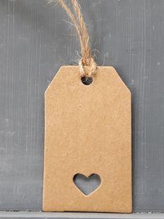 Krafft labels met hartjes. We hebben er heel veel! Ideaal voor je bruiloft, of voor je eigen gemaakte producten!  #Stempefun #Kraftlabels