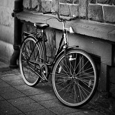 Gesenkt by Martin Gommel, via Flickr
