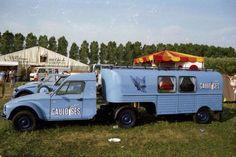 The fantastic Citroen pages Custom Trailers, Vintage Trailers, Camper Trailers, Custom Trucks, Custom Cars, T1 Bus, Vw T1, Camper Caravan, Camper Van