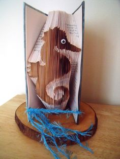 Seahorse Book Art - Bookfolding Gift - Folded Book Seahorse - Nautical Gift by CreationsByMEx on Etsy Book Page Crafts, Book Page Art, Book Pages, Folded Book Art, Book Folding, Book Sculpture, Sculptures, Art Projects, Projects To Try