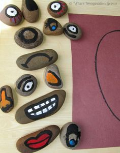 Build-a-Face Story Stones for Teaching Emotions to Kids! A fun learning activity for preschool kids! Preschool Lessons, Toddler Preschool, Learning Activities, Preschool Activities, Toddler Art, Social Emotional Development, Social Emotional Learning, Social Skills, Preschool Friendship