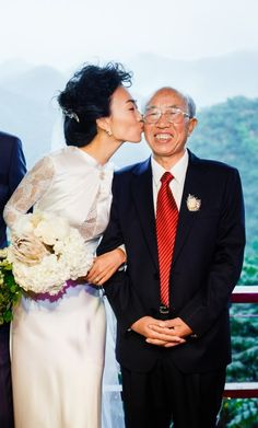 A true and loving father this Father day. Showing our Real Bride Emily and her Father. Bride Emily is wearing Sanyukta Shrestha's Wallis Wedding Dress from the Wallis in Love Collection made with Organic Silk.