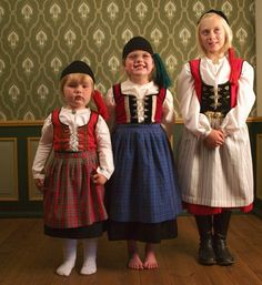 Children's national costumes, Iceland
