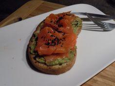 Simplissime tartine saumon/avocat