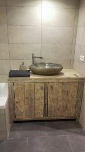 Zelf badkamer meubel maken met vloertegen (wel kasten inbouwen voor ...
