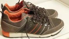 TI TAGGO   Grazie a @Stefano che ci ha inviato la sua foto con un paio delle nostre calzature! Aspettiamo anche le vostre!! https://www.facebook.com/pekkuod?ref=tn_tnmn