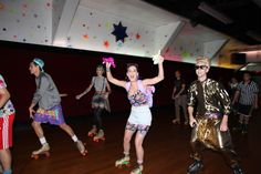 Katy Perry's '90s-themed birthday party at a roller rink. AWESOME idea.