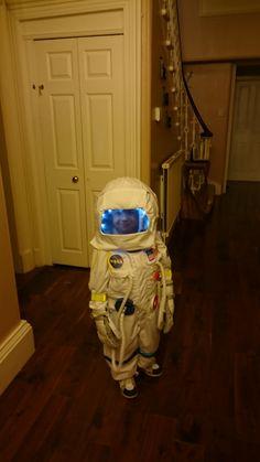 Homemade astronaut costume for halloween