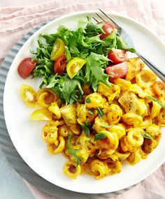 Palermon pasta   Maku Easy Delicious Recipes, Real Food Recipes, Healthy Recipes, Healthy Food, Biryani, Curry Pasta, Sauces, Cook At Home, Palermo