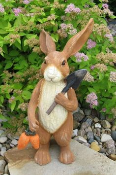 This is such a cute bunny statue! I think you might LOVE him! Although he looks like carved wood he is actually made of heavy casted resin, painted, crackled, distressed and antiqued to look old. He is holding carrots and his shovel! French Country Farmhouse, Country Primitive, Farmhouse Style, Rabbit Sculpture, Vertical Garden Design, Urban Decor, Decoration, Bunny Rabbit, Rabbit Art