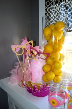 pink lemonade photo props