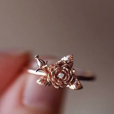 The most precious feminine and delicate rose with a tiny sparkle diamond in gleaming rose gold. The rose ring is carved in wax then cast into solid gold. Genuine white diamond G-H solid rose gold band width Cute Rings, Pretty Rings, Unique Rings, Beautiful Rings, Cute Promise Rings, Cute Jewelry, Gold Jewelry, Jewelry Accessories, Jewelry Design