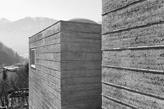 Martin Rauch Builds His Dream House (Rammed Earth, of Course) : TreeHugger Martin Rauch + Roger Boltshauser