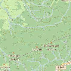 Die Wanderung zur Schwarzentenn Alm verläuft entlang des Schwarzenbachs und steigt mäßig an. Vom Wanderparkplatz führt der Weg als breiter Forstweg bis zu einer Weggabelung, bei der Bach überquert …