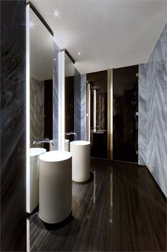 Small Bathroom Decorating Ideas is no question important for your home. Whether you pick the Luxury Bathroom Master Baths Wet Rooms or Luxury Bathroom Master Baths Marble Counters, you will make the best Luxury Bathroom Ideas for your own life. Luxury Master Bathrooms, Contemporary Bathrooms, Modern Bathroom, Small Bathroom, Bathroom Ideas, Luxurious Bathrooms, Master Baths, Contemporary Apartment, Bad Inspiration