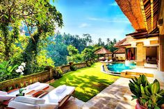 Viceroy Bali in Ubud is pure Luxury.