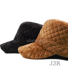 High quality winter hat for men & women  Stylish unisex warm cap with military look  You can choose among two colors - Black, Brown  2cm (0.8 inch) Size adjustable belt at the back  Materials : 100% Polyester  Made in Korea