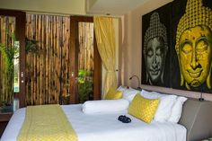 Home design, Balinese Interior Bedroom With Bamboo Wall Adorned With Buddha Painting: contemporary balinese home design with small space